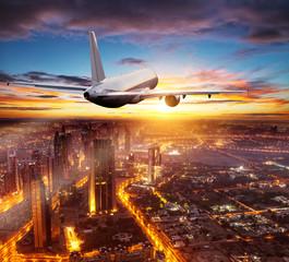 Pigūs skrydžiai iš Rygos, Kauno, Vilniaus, Palangos nuo €15 tik su Flymaster.LT