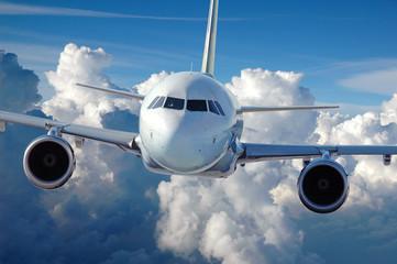 Pigūs lėktuvų bilietai iš Kauno, Palangos, Rygos, Vilniaus nuo €11 tik su Flymaster.LT